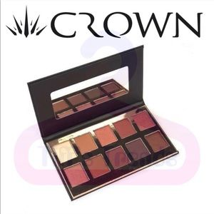 Crown Pro•Fuego Eyeshadow Collection Palette